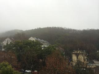 あいにくの雨模様だった杭州