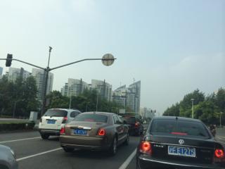 渋滞が日常茶飯事の上海だが